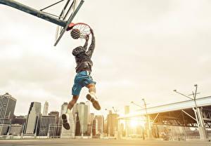 Фотография Баскетбол Мужчина Прыгает Мячик