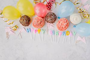 Фото День рождения Свечи Капкейк кекс Слова Английская Воздушные шарики Пища