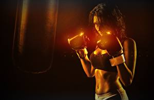 Картинки Бокс Боксер Рука Перчатках Живот спортивная Девушки
