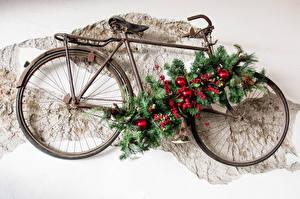 Фотография Новый год Ягоды Велосипед Дизайн Ветки Шарики