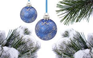 Картинки Рождество Ветки Снега Шарики Двое