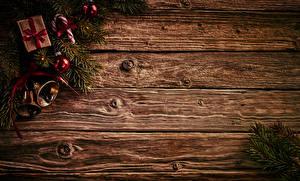 Картинка Рождество Леденцы Доски Ветки Подарки Шар Колокольчики Шаблон поздравительной открытки