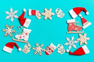 Картинки Новый год Снежинки Коньки Шапки Варежки Шаблон поздравительной открытки