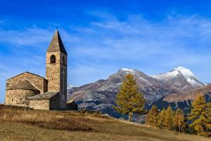Фото Небо Гора Церковь Франция La chapelle Saint-Pierre, Savoie
