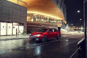 Фото Тойота Красная Седан 2020 Corolla XSE машины
