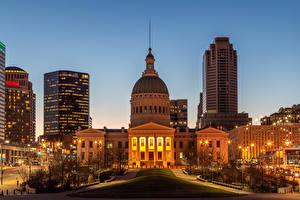 Картинки США Здания Вечер Уличные фонари Saint Louis город