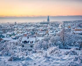 Картинка Зимние Германия Здания Снега Сверху Regensburg город