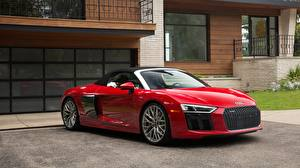 Фотография Audi Красные Родстер R8 Spyder V10 Plus Природа