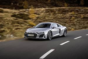 Картинка Audi Движение Серая Металлик Купе R8, V10, 2020, RWD автомобиль