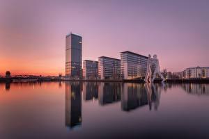 Фотография Берлин Германия Рассвет и закат allianz город