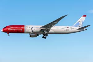 Обои для рабочего стола Боинг Самолеты Пассажирские Самолеты Сбоку 787-9, Dreamliner Авиация