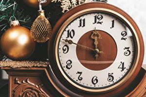 Картинка Рождество Часы Циферблат Шарики