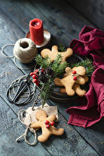 Фотографии Новый год Печенье Свечи Доски Дизайна Пища