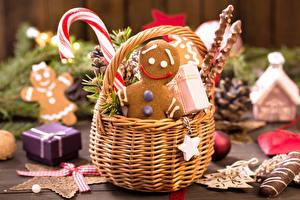 Фото Новый год Печенье Сладкая еда Корзинка Размытый фон Пища