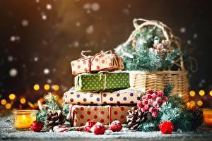 Обои Новый год Подарки Размытый фон
