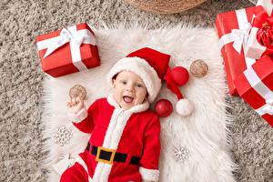 Фотография Рождество Грудной ребёнок Униформа Шапка Подарков Улыбка Снежинки