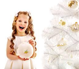 Обои Новый год Девочки Счастливая Новогодняя ёлка Руки Шарики Еда