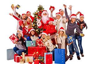 Фотография Новый год Мужчины Люди Белый фон Дед Мороз Подарок Рука Шапки Радость молодые женщины