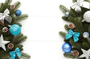 Картинка Рождество Доски Ветка Шарики Бант Шишки Шаблон поздравительной открытки Звездочки