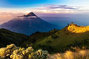 Обои для рабочего стола Индонезия Гора Вулкана Island Java Природа