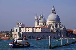 Обои Италия Катера Собор Венеция Купол Santa Maria Della Salute