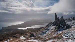 Фотографии Пейзаж Остров Шотландия Облачно Утес Isle of Skye Природа