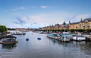 Фотографии Швеция Стокгольм Причалы Катера