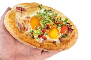 Картинки Овощи Белом фоне Яйцо Рука Пища Еда
