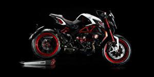 Обои Черный фон Сбоку 2015-16 MV Agusta Brutale Dragster RR LH44 Мотоциклы картинки