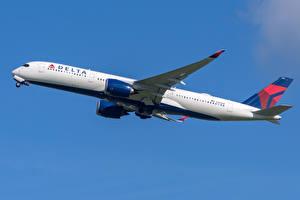 Фотографии Самолеты Эйрбас Пассажирские Самолеты Сбоку A350-900 Delta Air Lines