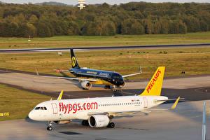Обои Airbus Самолеты Пассажирские Самолеты Два Pegasus Airbus A320 neo and Eurowings BVB ivery