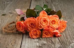 Картинка Букеты Розы Доски Оранжевых цветок