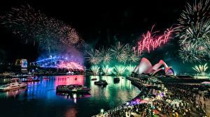 Обои для рабочего стола Фейерверк Австралия Ночные Набережной Сидней Opera House город