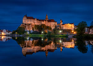 Фотография Германия Замки Реки Вечер Скалы Уличные фонари Sigmaringen Castle Города
