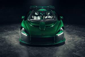 Фотографии Макларен Зеленая Спереди 2018 Senna MSO Fux Green авто