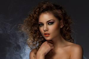 Фотография Модель Мейкап Лица Смотрят Причёска Красивые Волос молодая женщина