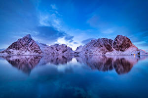 Картинка Норвегия Лофотенские острова Гора Зимние Залив Снег Природа
