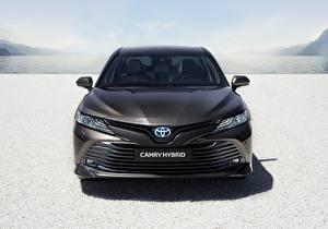 Картинка Тойота Спереди Hybrid Camry 2019 машины