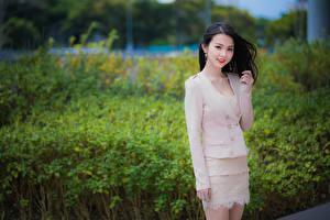 Обои Азиаты Боке Позирует Брюнетка Милая Взгляд Девушки
