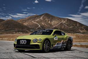 Обои Bentley Тюнинг Желто зеленый 2019 Continental GT Pikes Peak