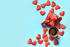 Картинка Кофе День всех влюблённых Сердечко Чашке Коробки Подарок Цветной фон