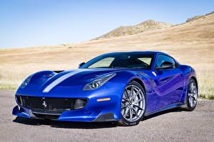 Фотографии Феррари Синяя Gran Turismo F12 TDF Автомобили