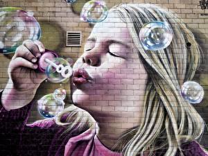 Фотография Граффити Мыльные пузыри Девочка Лица Стена Из кирпича Дети
