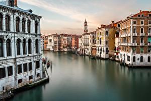 Фото Италия Дома Венеция Водный канал Grand Canal Города
