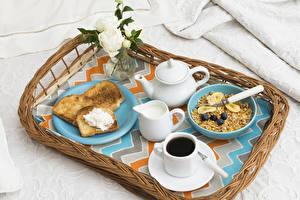 Фото Мюсли Кофе Хлеб Молоко Чайник Розы Завтрак Чашка Продукты питания Еда
