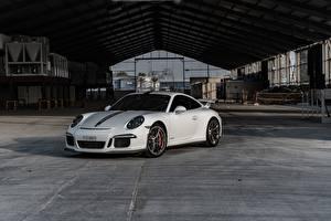 Обои Porsche Белый 911 GT3 RS авто