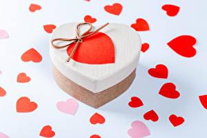 Картинка День всех влюблённых Подарок Сердечко Коробки