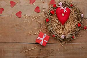 Картинка День святого Валентина Доски Подарки Сердца Соломе Бантик Гнезде
