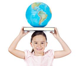 Картинка Белом фоне Девочка Книги Глобусом Рука ребёнок