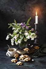 Картинка Букеты Свечи Печенье Кофе Натюрморт Чашке Продукты питания